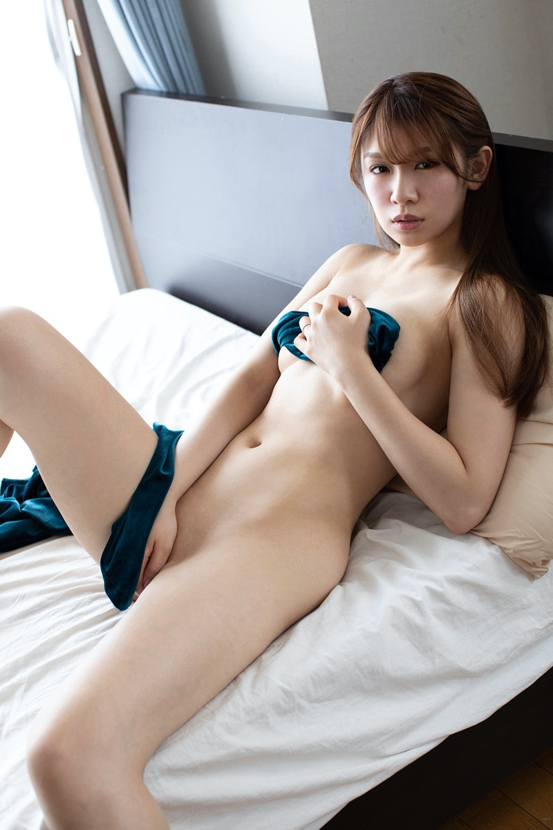 【金山睦エロ画像】グラビアアイドルの変態水着を引っ張り上げてマンコに食い込ませてイジメたい! 49