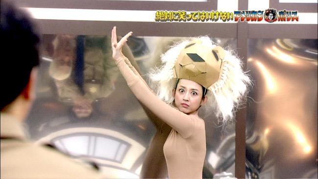 【夏菜キャプ画像】ショートカットがよく似合う似合う美人女優のボディラインが見られる濡れ場シーン等など 21