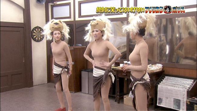 【夏菜キャプ画像】ショートカットがよく似合う似合う美人女優のボディラインが見られる濡れ場シーン等など 27