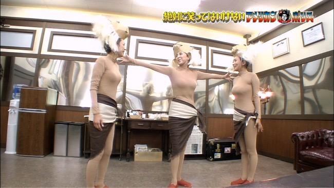 【夏菜キャプ画像】ショートカットがよく似合う似合う美人女優のボディラインが見られる濡れ場シーン等など 28
