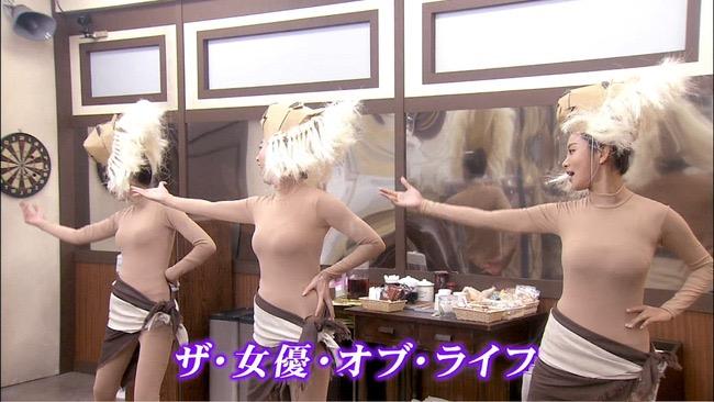 【夏菜キャプ画像】ショートカットがよく似合う似合う美人女優のボディラインが見られる濡れ場シーン等など 29
