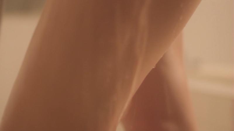 【夏菜キャプ画像】ショートカットがよく似合う似合う美人女優のボディラインが見られる濡れ場シーン等など 65