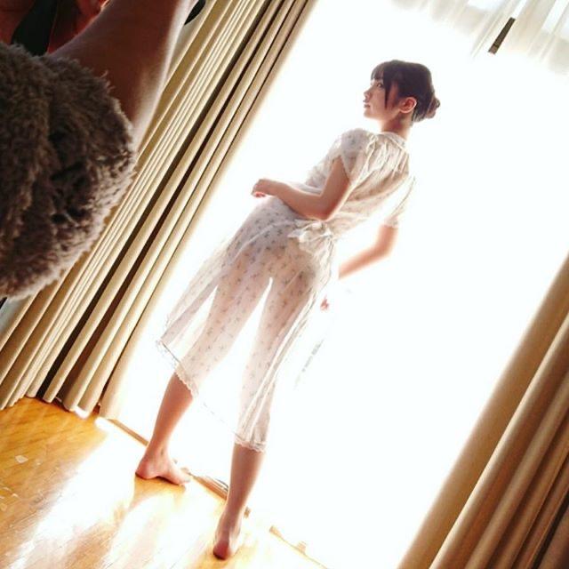 【水沢柚乃エロ画像】露出狂を自称してインスタグラムでもエロ写真を公開しまくってるゲーマーグラドル 10