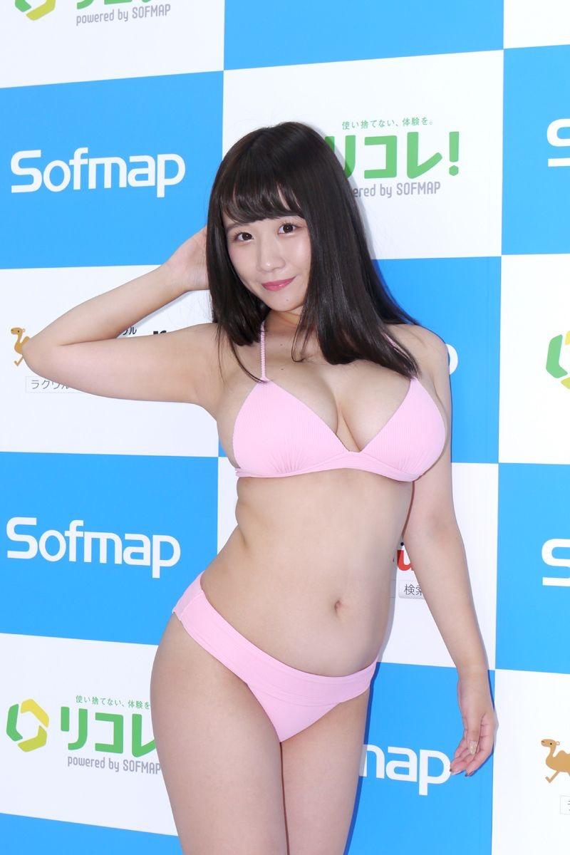 【七瀬美桜エロ画像】Hカップむっちり爆乳ボディが抱き心地良さそうな妹系の新人グラビアアイドル 48