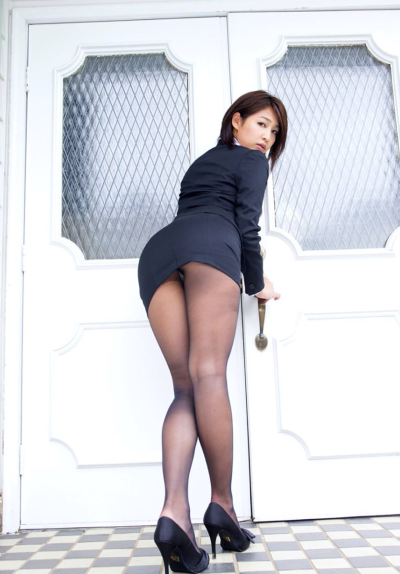【小柳歩グラビア画像】モデルの様な高身長スレンダーボディがソソるグラドルのちょっとエッチな画像集 30