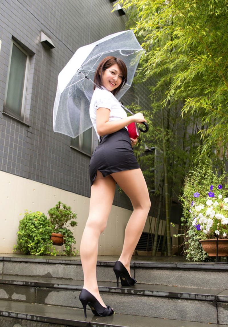 【小柳歩グラビア画像】モデルの様な高身長スレンダーボディがソソるグラドルのちょっとエッチな画像集 42