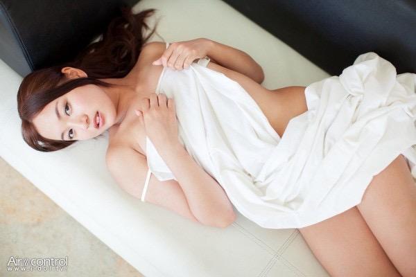 【山中真由美キャプ画像】番組中にデキ婚をぶっちゃけて驚かせた苦労人グラビアアイドルの今後は? 28