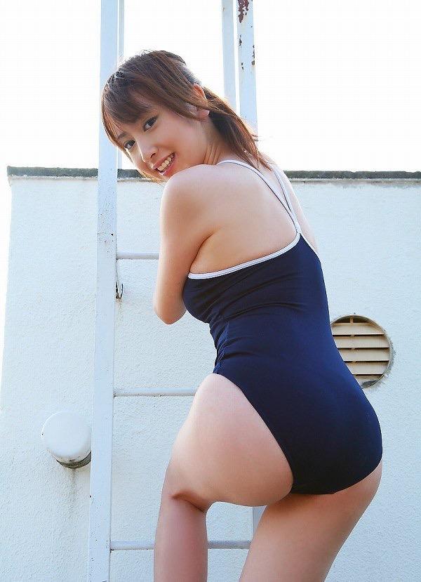 【スク水エロ画像】男性たちの性欲を沸き起こさせる魅力溢れる可愛くてエッチなスクール水着 13