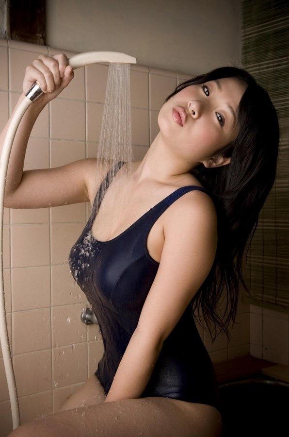 【スク水エロ画像】男性たちの性欲を沸き起こさせる魅力溢れる可愛くてエッチなスクール水着 27