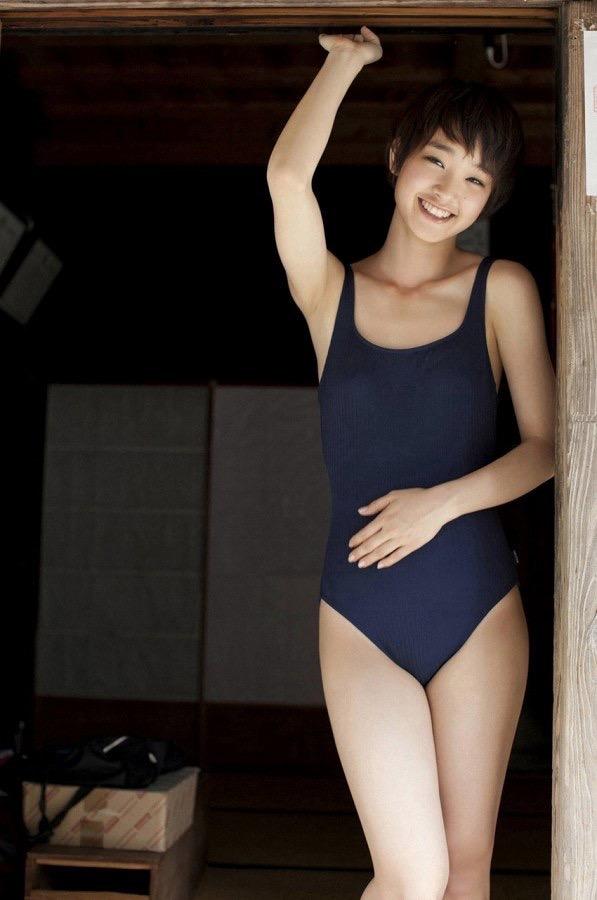 【スク水エロ画像】男性たちの性欲を沸き起こさせる魅力溢れる可愛くてエッチなスクール水着 31