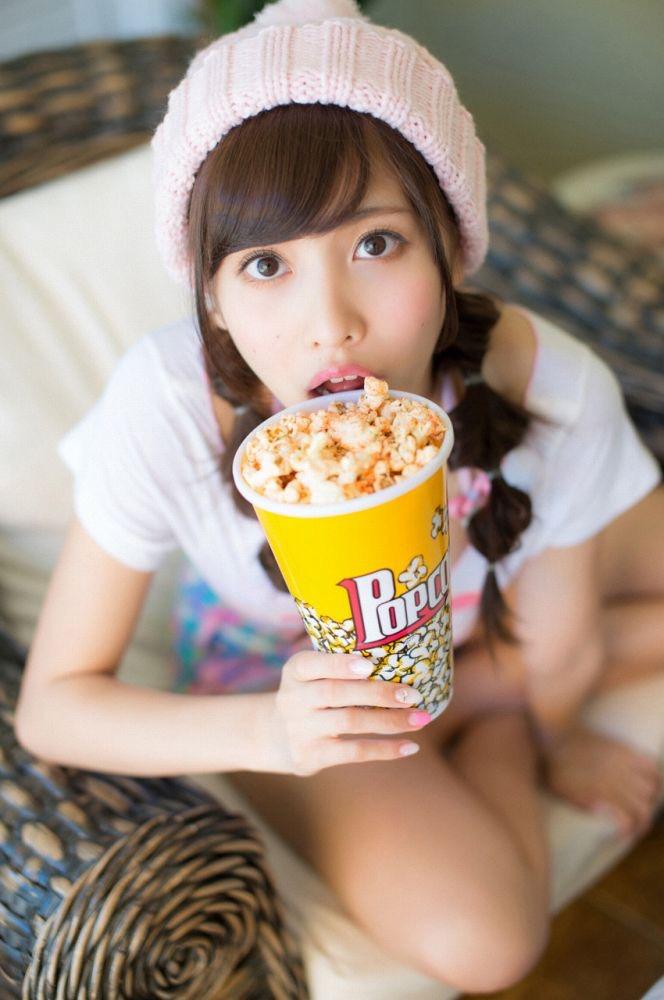 【佐野ひなこグラビア画像】ツインテールが似合って可愛い美少女モデルの綺麗でエロいFカップボディ 08