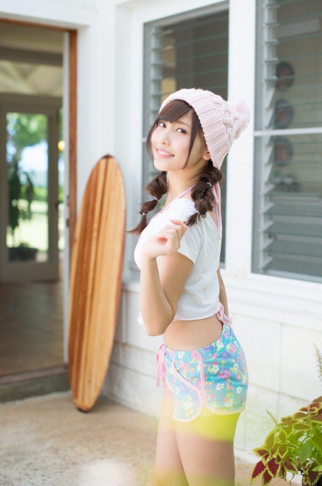 【佐野ひなこグラビア画像】ツインテールが似合って可愛い美少女モデルの綺麗でエロいFカップボディ 16