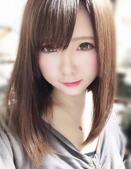 【すみれおじさんエロ画像】美少女キャラクターの再現度に自信と誇りを持っている激かわコスプレイヤー 15