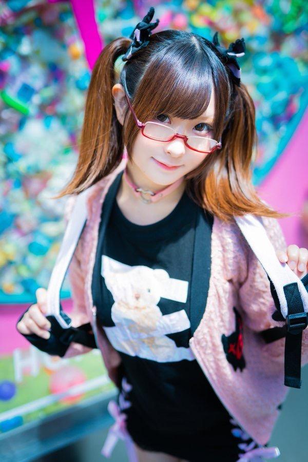【すみれおじさんエロ画像】美少女キャラクターの再現度に自信と誇りを持っている激かわコスプレイヤー 29