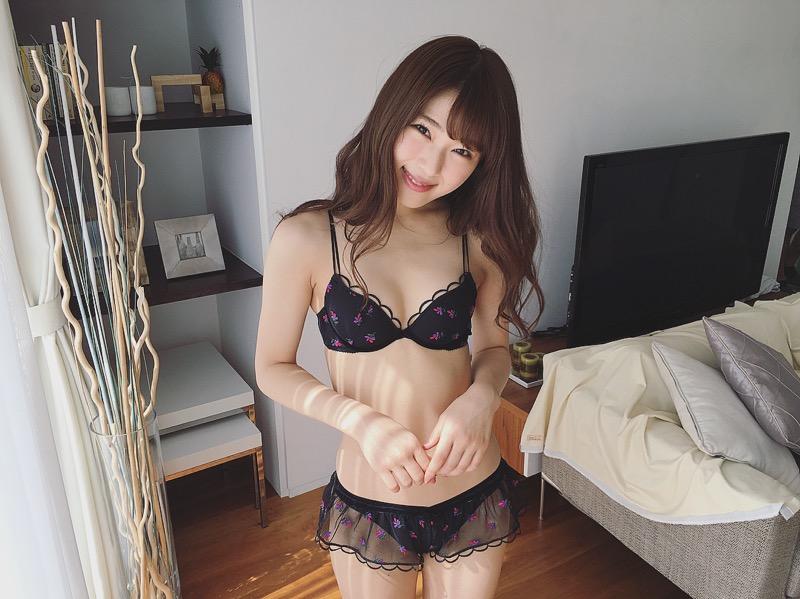 【渋谷凪咲グラビア画像】満面の笑顔がとっても可愛らしいNMB48アイドルのちょっとエッチな水着写真