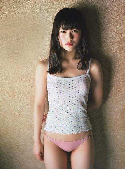 【渋谷凪咲グラビア画像】満面の笑顔がとっても可愛らしいNMB48アイドルのちょっとエッチな水着写真 14