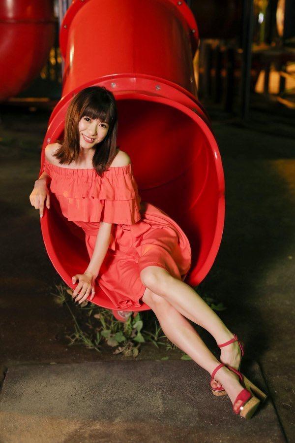【生田衣梨奈グラビア画像】ビキニ水着からチャイナドレスまで着こなすセクシー可愛いモー娘アイドル 23