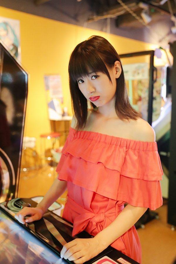 【生田衣梨奈グラビア画像】ビキニ水着からチャイナドレスまで着こなすセクシー可愛いモー娘アイドル 26