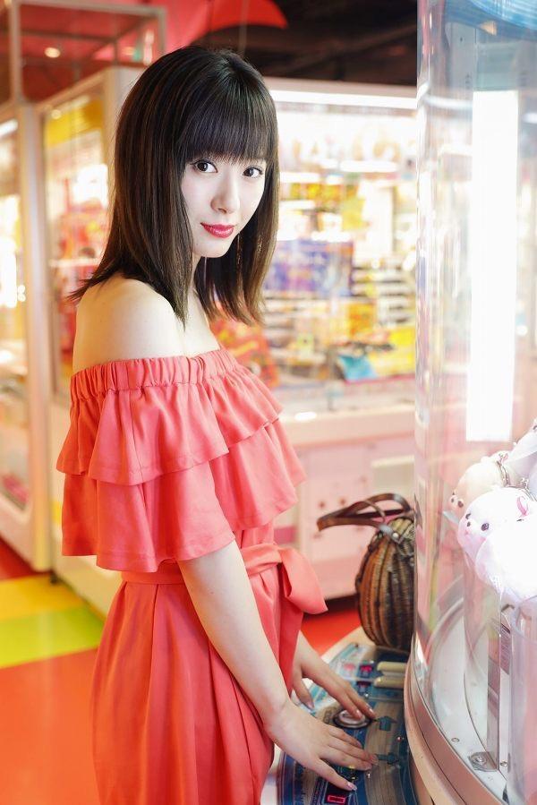 【生田衣梨奈グラビア画像】ビキニ水着からチャイナドレスまで着こなすセクシー可愛いモー娘アイドル 27