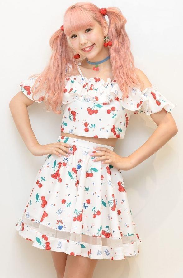 【藤田ニコルキャプ画像】可愛らしいファッションモデルにこるんのちょっとエッチなテレビ出演シーンw 64