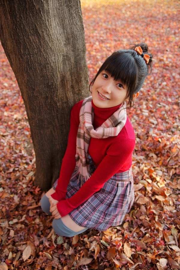 【嗣永桃子グラビア画像】ぶりっ子キャラでもアイドルとしてのプロ根性は人一倍凄みがあった童顔美少女 09