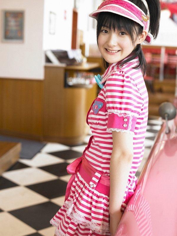 【嗣永桃子グラビア画像】ぶりっ子キャラでもアイドルとしてのプロ根性は人一倍凄みがあった童顔美少女 44