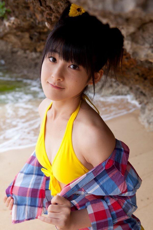【嗣永桃子グラビア画像】ぶりっ子キャラでもアイドルとしてのプロ根性は人一倍凄みがあった童顔美少女 88