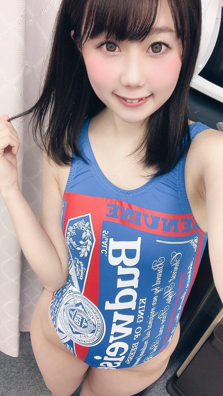 【鈴乃八雲エロ画像】OLを辞めてグラビアアイドル一本で芸能界デビューした思い切りが良いデカ尻娘! 35