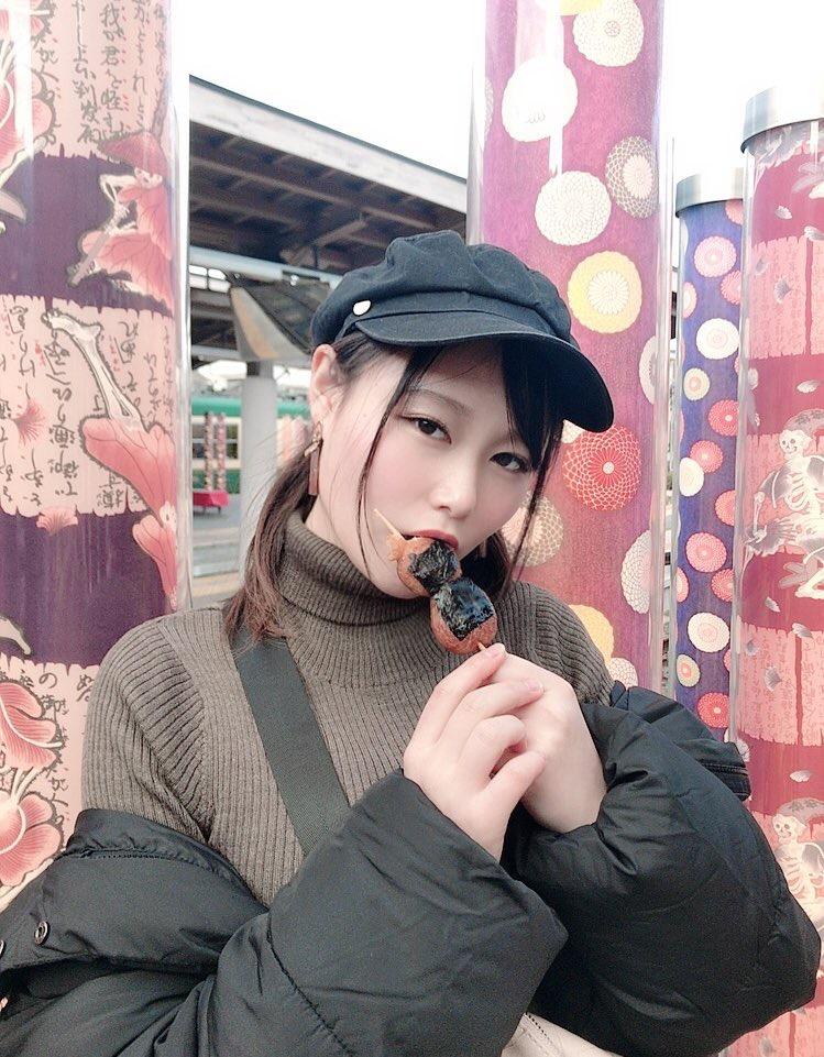 【東坂みゆエロ画像】Hカップの色白爆乳でパイズリをして欲しくなるエッチなSNS自撮りが最高過ぎたw 27