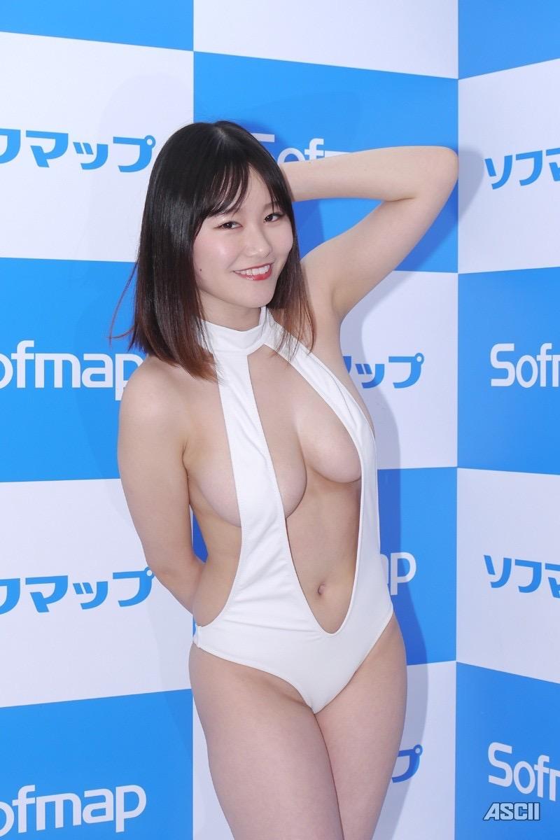 【東坂みゆエロ画像】Hカップの色白爆乳でパイズリをして欲しくなるエッチなSNS自撮りが最高過ぎたw 56