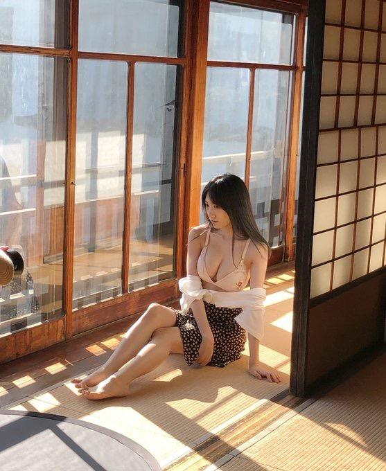 【横野すみれエロ画像】AKBグループ史上最高のエロボディらしいけどマジおっぱいでヌケるわwwww 14