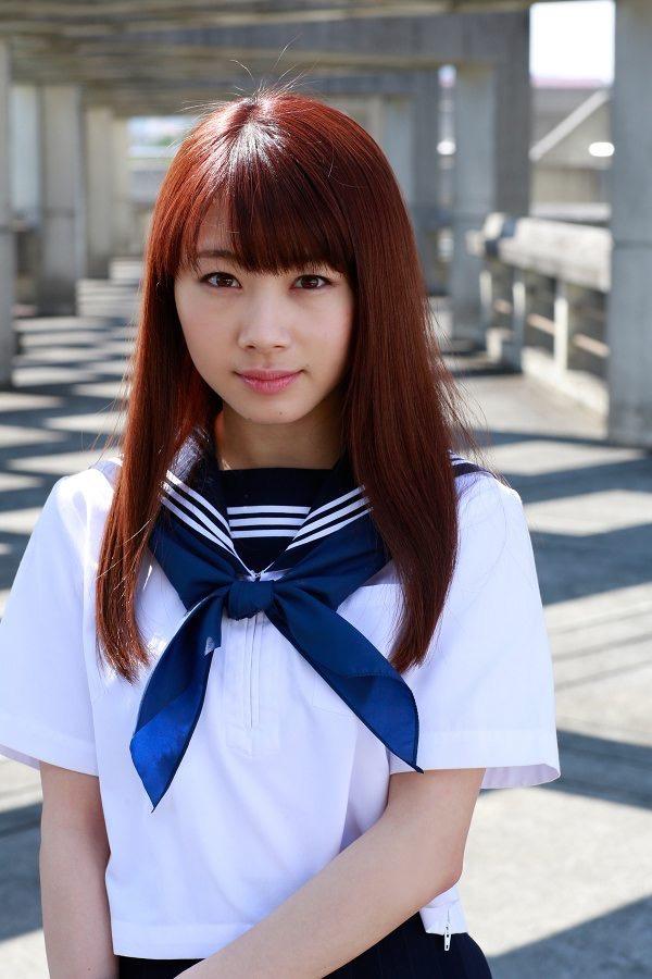 【石田亜佑美グラビア画像】爽やかな笑顔とエッチなクビレボディが魅力的なアイドルのビキニ姿がエロ過ぎた 12