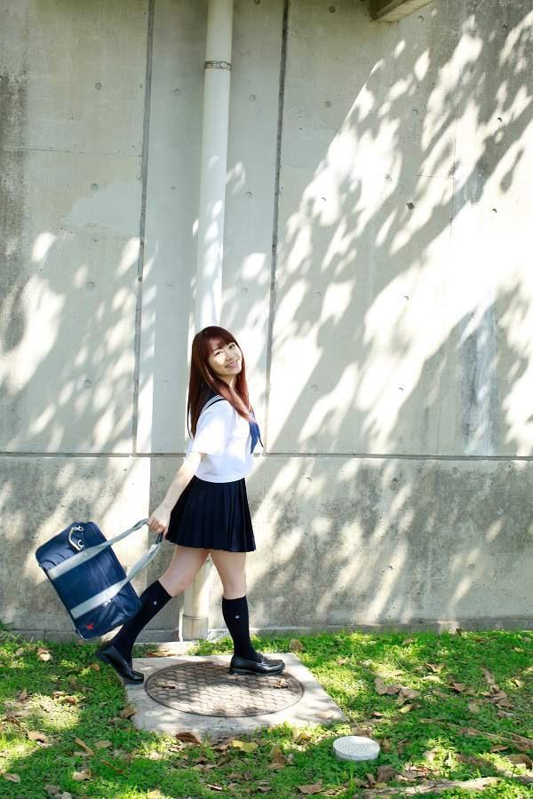 【石田亜佑美グラビア画像】爽やかな笑顔とエッチなクビレボディが魅力的なアイドルのビキニ姿がエロ過ぎた 14