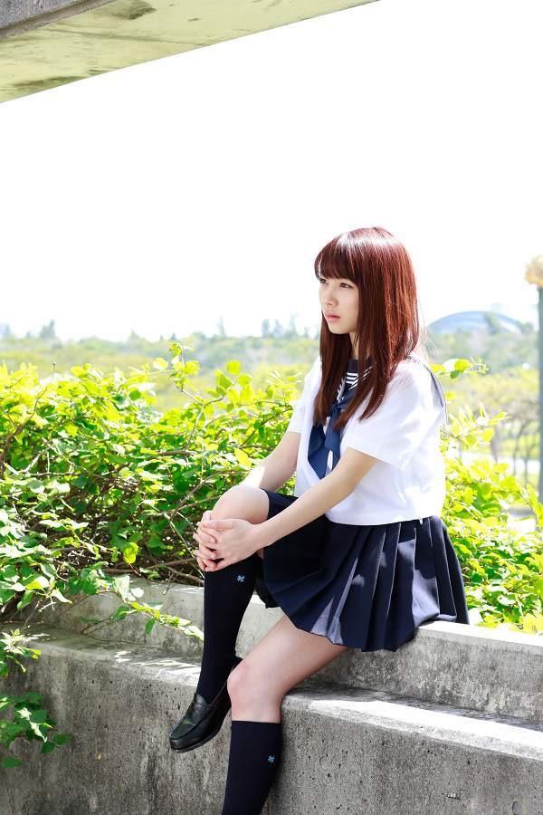 【石田亜佑美グラビア画像】爽やかな笑顔とエッチなクビレボディが魅力的なアイドルのビキニ姿がエロ過ぎた 16