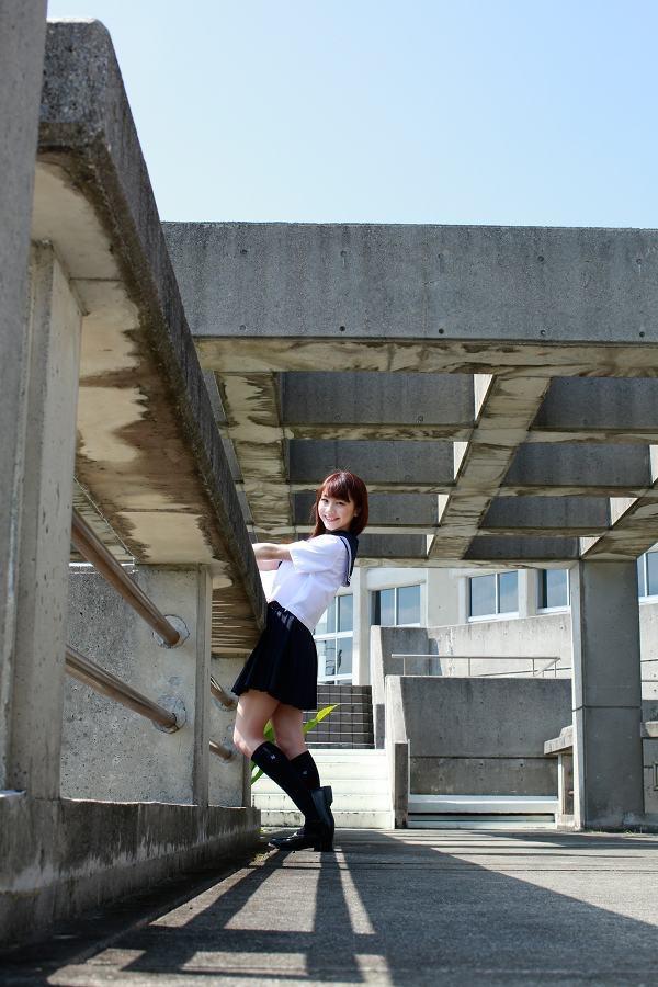 【石田亜佑美グラビア画像】爽やかな笑顔とエッチなクビレボディが魅力的なアイドルのビキニ姿がエロ過ぎた 17
