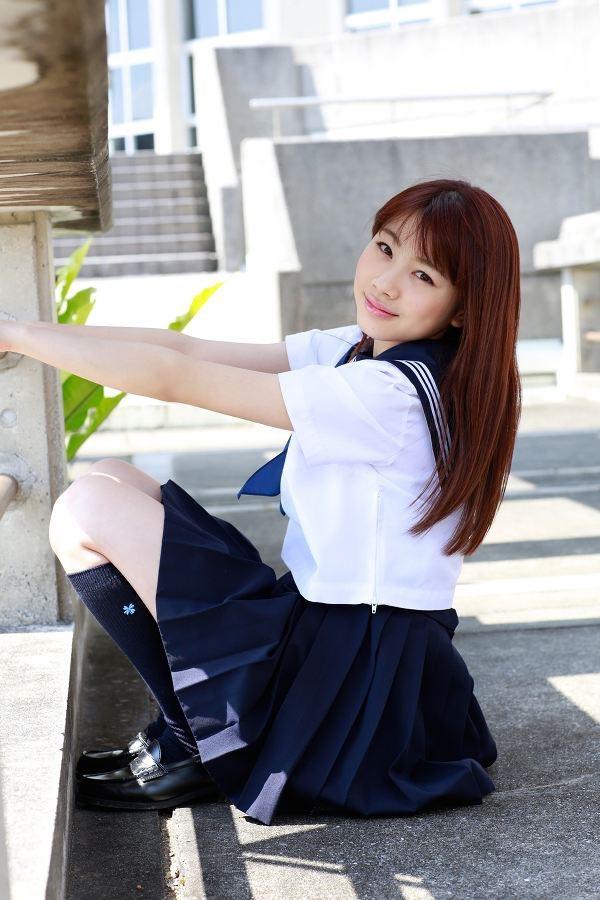 【石田亜佑美グラビア画像】爽やかな笑顔とエッチなクビレボディが魅力的なアイドルのビキニ姿がエロ過ぎた 18