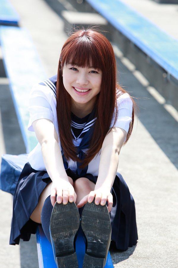 【石田亜佑美グラビア画像】爽やかな笑顔とエッチなクビレボディが魅力的なアイドルのビキニ姿がエロ過ぎた 19
