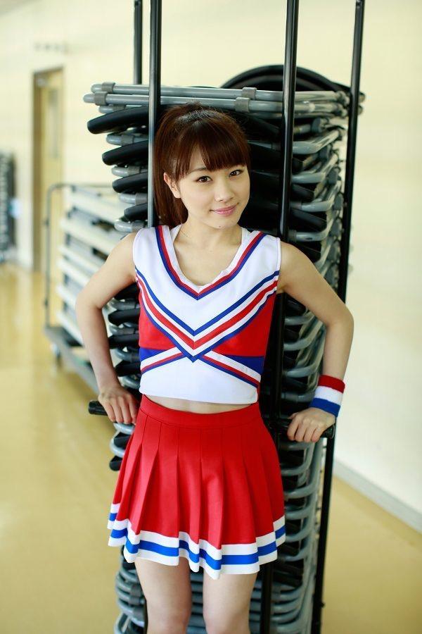 【石田亜佑美グラビア画像】爽やかな笑顔とエッチなクビレボディが魅力的なアイドルのビキニ姿がエロ過ぎた 22