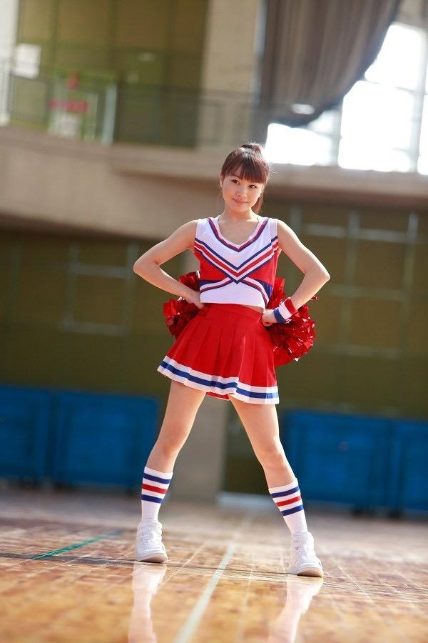 【石田亜佑美グラビア画像】爽やかな笑顔とエッチなクビレボディが魅力的なアイドルのビキニ姿がエロ過ぎた 23