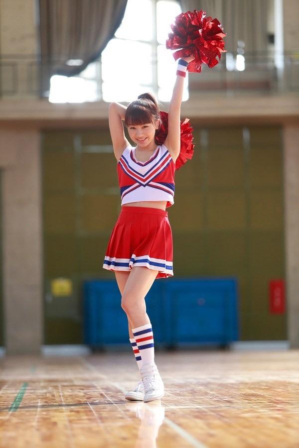 【石田亜佑美グラビア画像】爽やかな笑顔とエッチなクビレボディが魅力的なアイドルのビキニ姿がエロ過ぎた 24