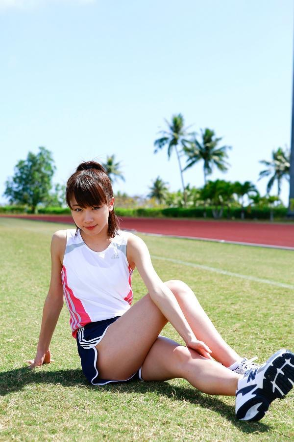 【石田亜佑美グラビア画像】爽やかな笑顔とエッチなクビレボディが魅力的なアイドルのビキニ姿がエロ過ぎた 28