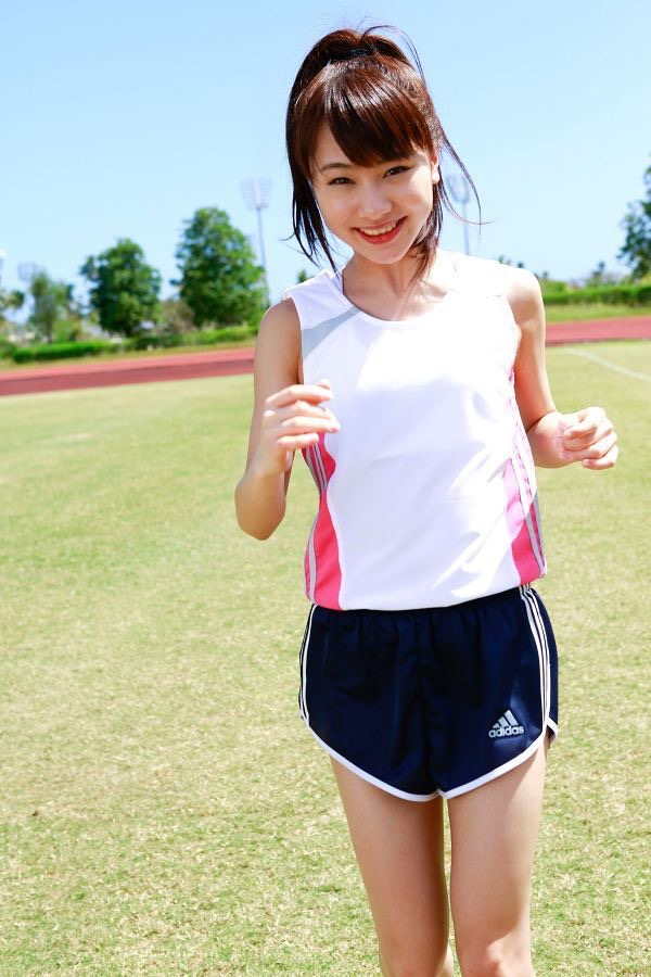【石田亜佑美グラビア画像】爽やかな笑顔とエッチなクビレボディが魅力的なアイドルのビキニ姿がエロ過ぎた 33