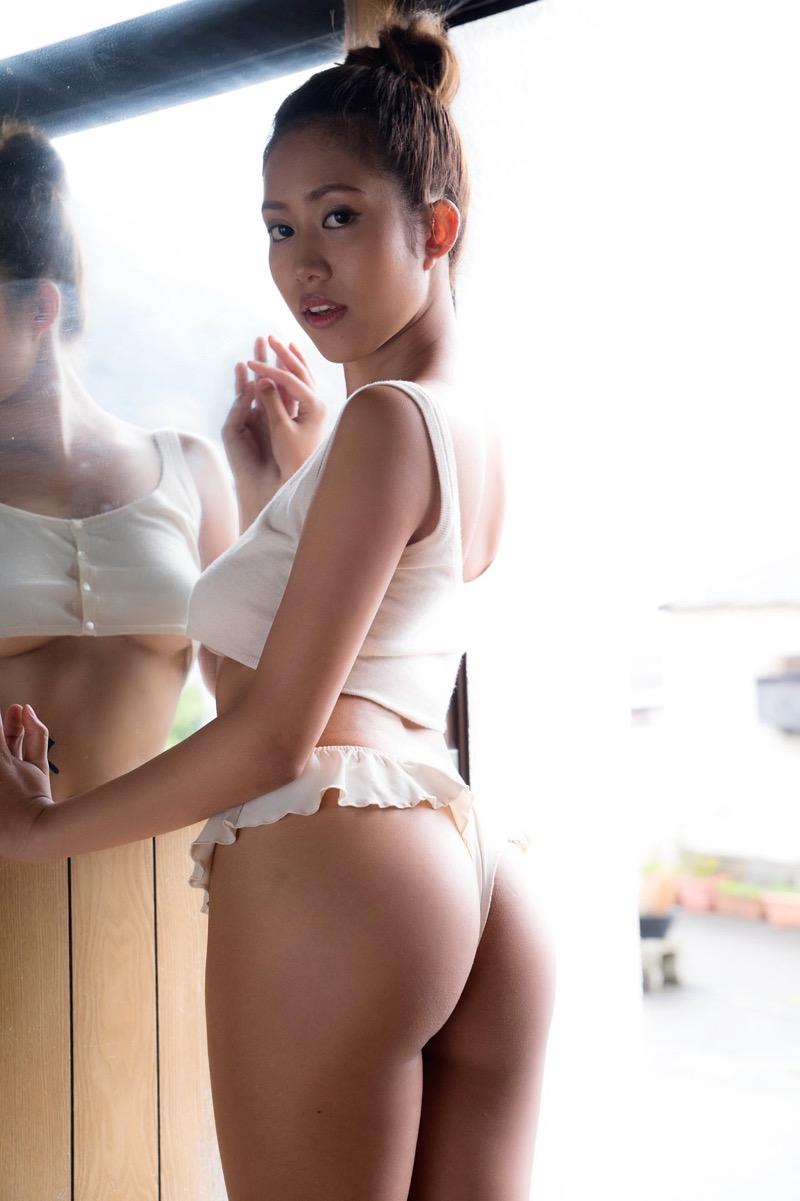 【伊藤早由利エロ画像】褐色巨乳ギャルのボン!キュ!ボン!なめちゃシコボディで今日も抜くわwwww 85
