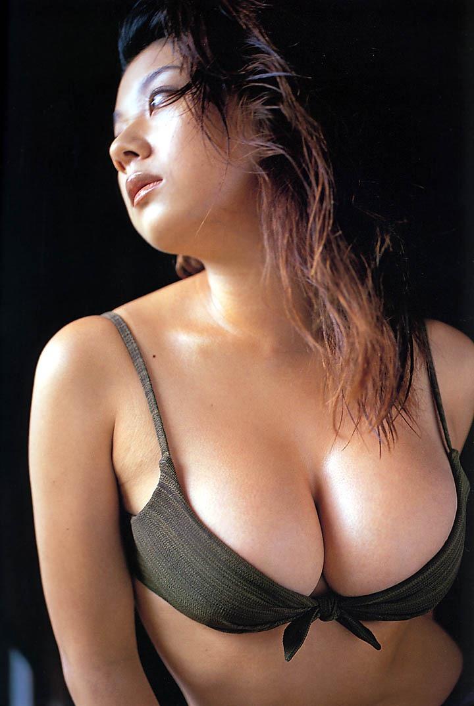 【小池栄子お宝画像】かつて人気を博したFカップ巨乳美人グラビアアイドルが復活を諦めたらしいw 34