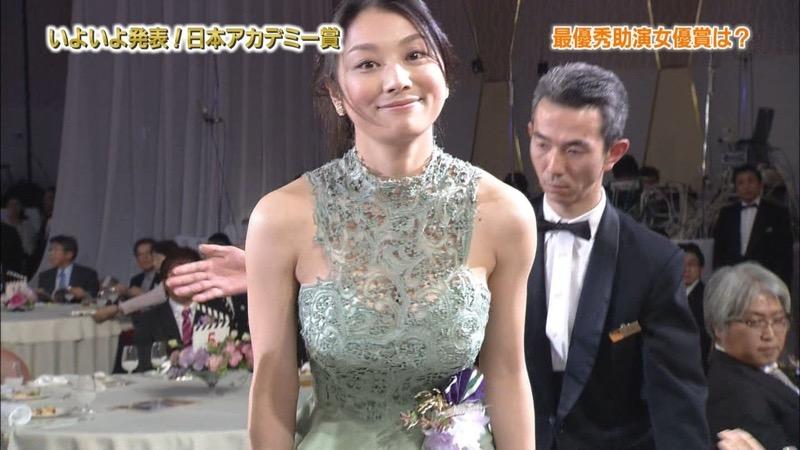 【小池栄子お宝画像】かつて人気を博したFカップ巨乳美人グラビアアイドルが復活を諦めたらしいw 67