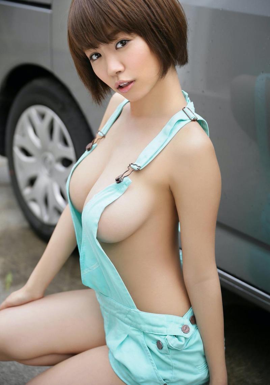 【菜乃花グラビア画像】三十路を迎えて卒業を宣言したってマジか…もうIカップボディを見られない!? 63