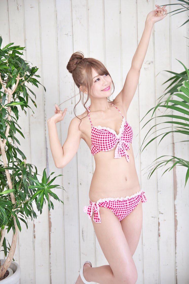 【阿久津真央グラビア画像】もしかしたら乃木坂アイドルになっていたかも知れない元レースクイーン美女 18
