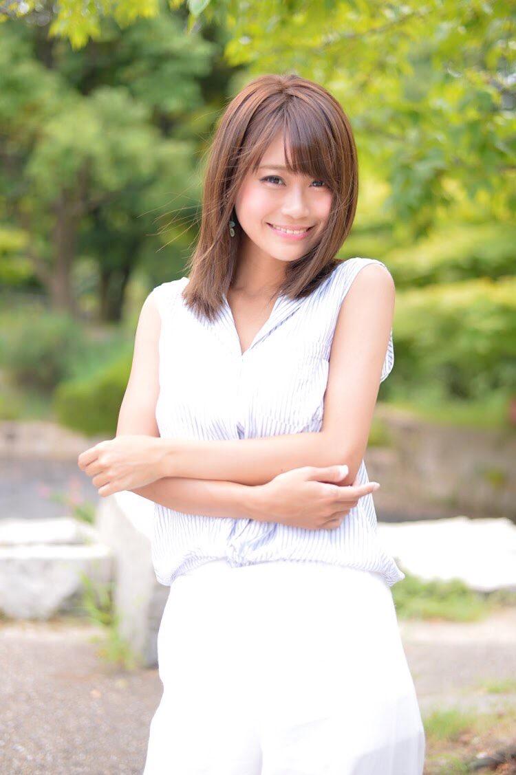 【阿久津真央グラビア画像】もしかしたら乃木坂アイドルになっていたかも知れない元レースクイーン美女 20