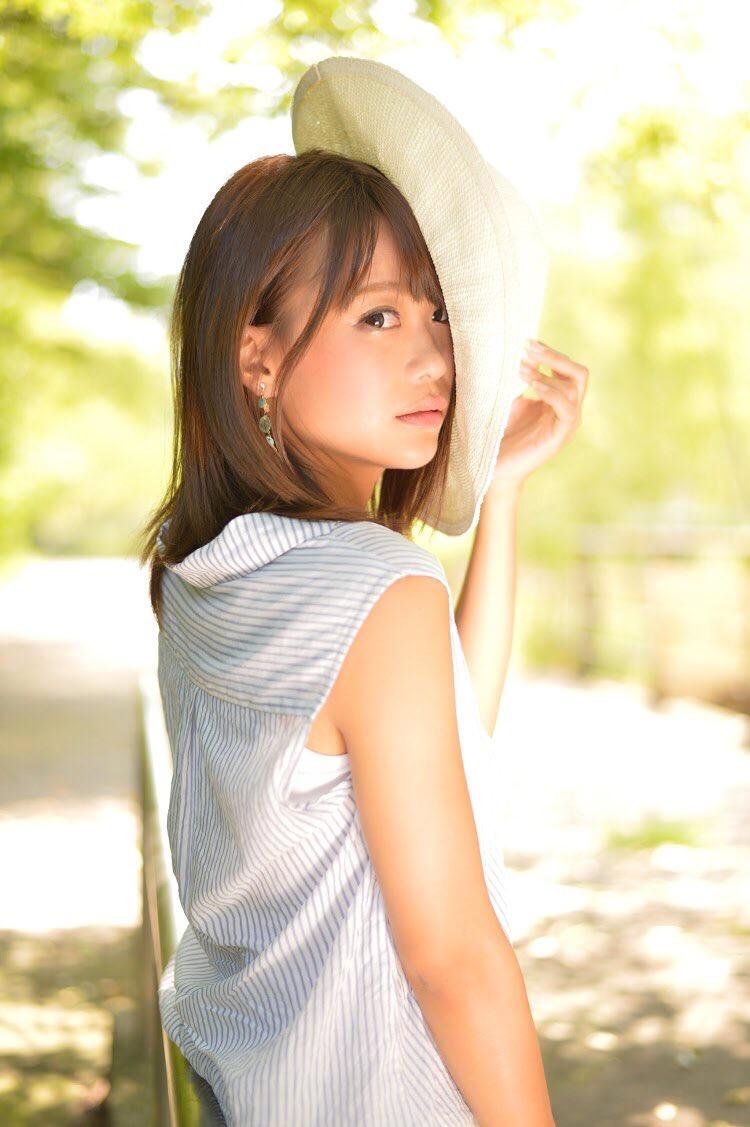 【阿久津真央グラビア画像】もしかしたら乃木坂アイドルになっていたかも知れない元レースクイーン美女 22