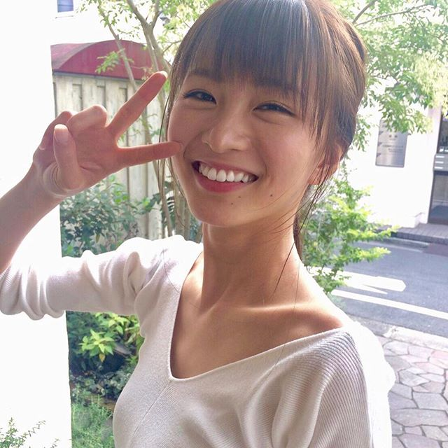 【岡崎紗絵キャプ画像】ファッションモデルから女優になった美女のセクシーなテレビ出演シーン 53